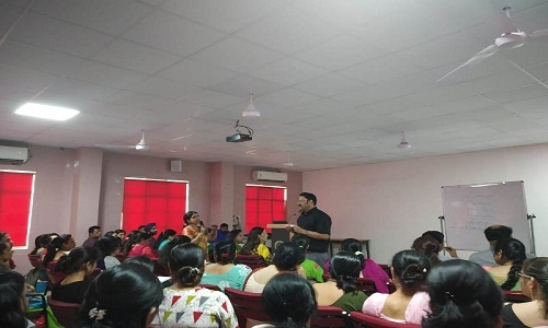 Session on SOLO Taxonomy by School Principal Mr. Rajesh Awasthi 1
